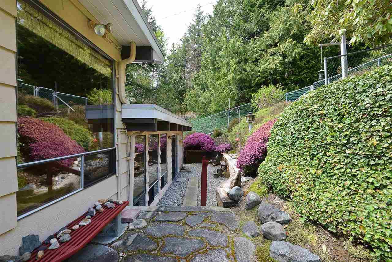 5430 LAWSON ROAD - Sechelt District House/Single Family for sale, 2 Bedrooms (R2576116) - #35