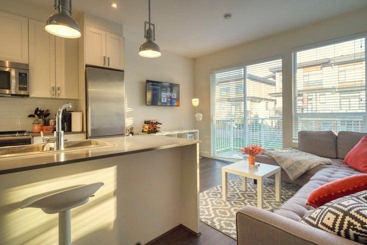 407 16396 64 AVENUE - Cloverdale BC Apartment/Condo for sale, 1 Bedroom (R2576301)