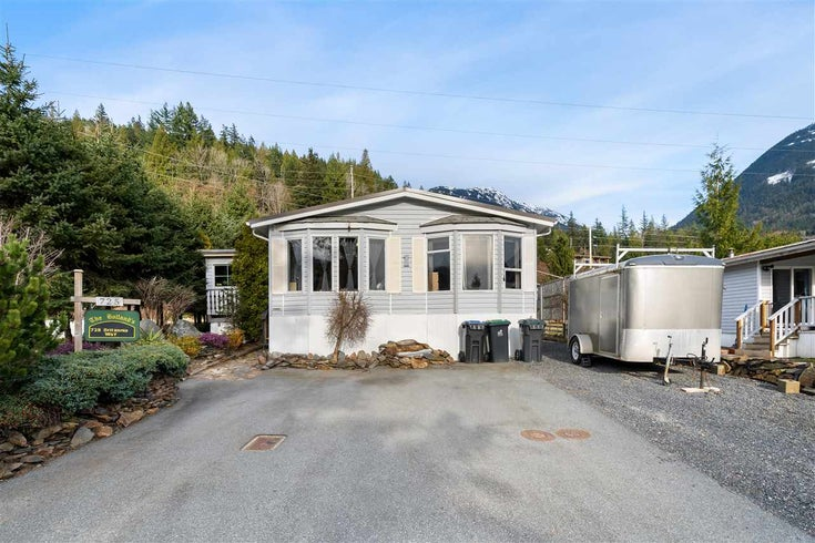 725 BRITANNIA WAY - Britannia Beach Manufactured with Land for sale, 4 Bedrooms (R2576362)