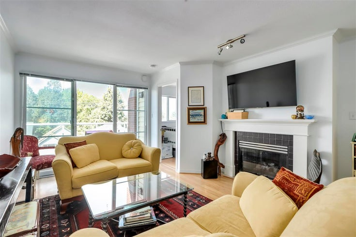 413 2929 W 4TH AVENUE - Kitsilano Apartment/Condo for sale, 2 Bedrooms (R2576604)