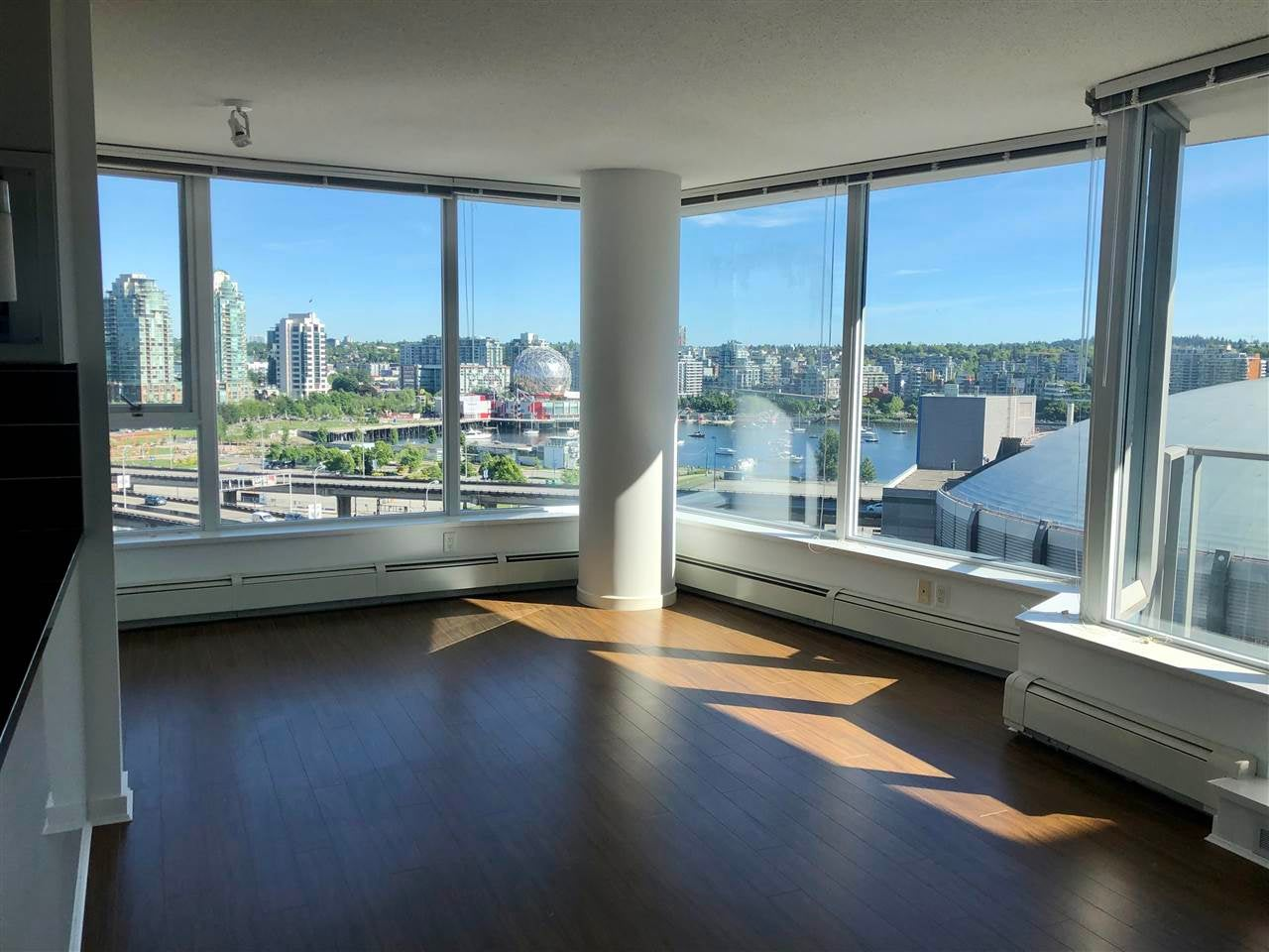 1605 689 ABBOTT STREET - Downtown VW Apartment/Condo for sale, 2 Bedrooms (R2576829) - #1