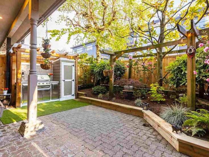 5 1620 BALSAM STREET - Kitsilano Townhouse for sale, 2 Bedrooms (R2577192)