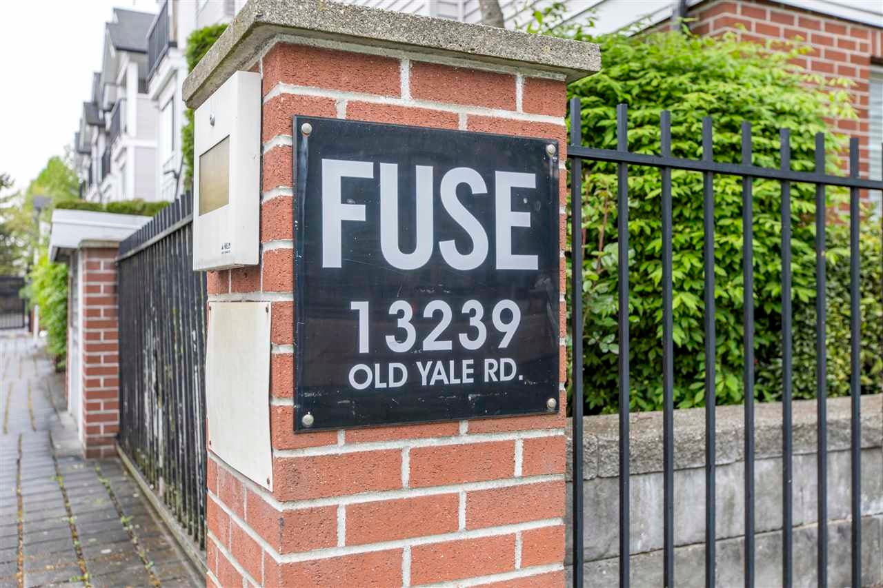 41 13239 OLD YALE ROAD - Whalley Townhouse for sale, 2 Bedrooms (R2577312)