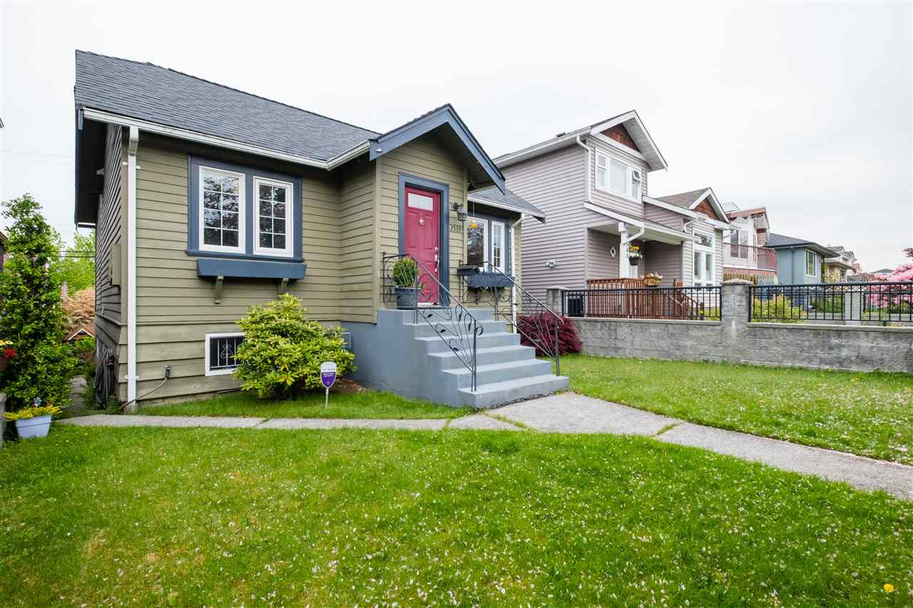 2539 E 24TH AVENUE - Renfrew Heights House/Single Family for sale, 4 Bedrooms (R2577323)