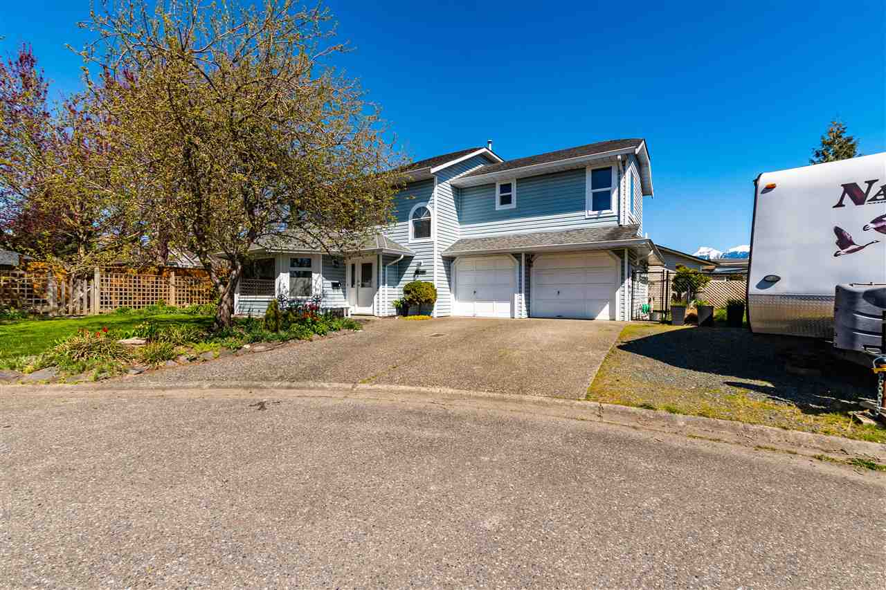 46266 CESSNA DRIVE - Chilliwack E Young-Yale House/Single Family for sale, 3 Bedrooms (R2577366)