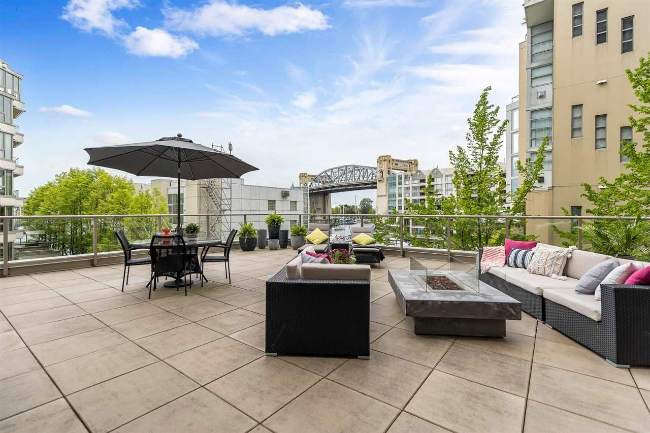 203 1625 HORNBY STREET - Yaletown Apartment/Condo for sale, 2 Bedrooms (R2577394) - #1