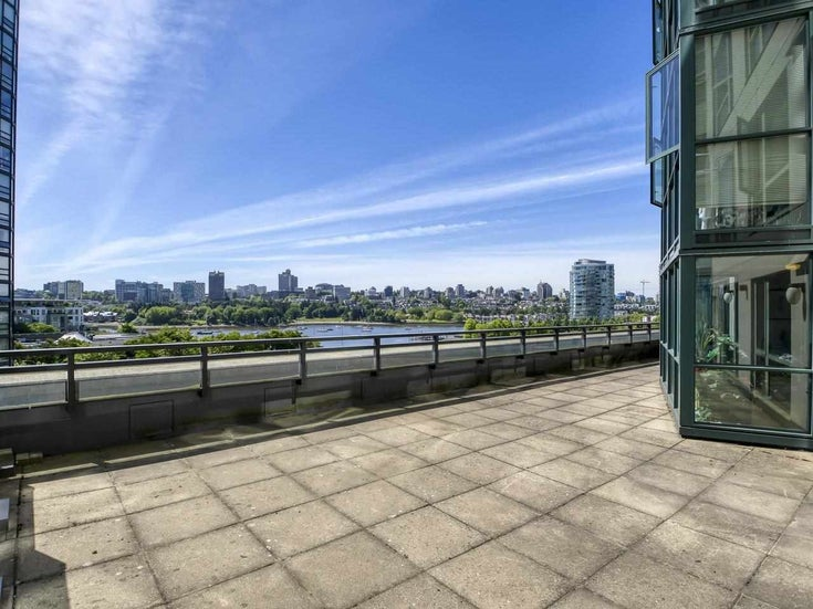 705 289 DRAKE STREET - Yaletown Apartment/Condo for sale, 2 Bedrooms (R2578002)