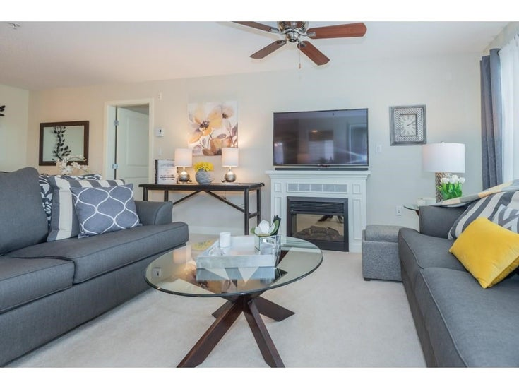212 19673 MEADOW GARDENS WAY - North Meadows PI Apartment/Condo for sale, 2 Bedrooms (R2578048)