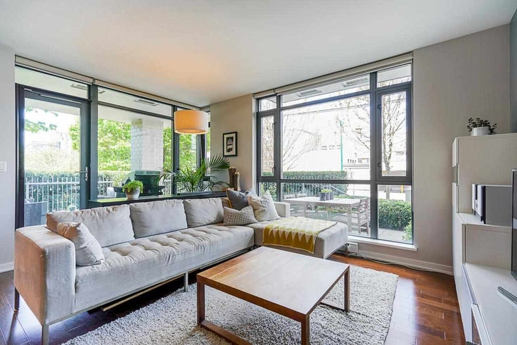 108 750 W 12TH AVENUE - Fairview VW Apartment/Condo for sale, 2 Bedrooms (R2578378)