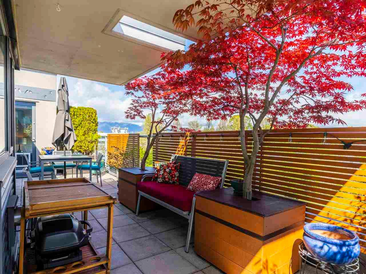 PH12 2228 MARSTRAND AVENUE - Kitsilano Apartment/Condo for sale, 2 Bedrooms (R2578527)