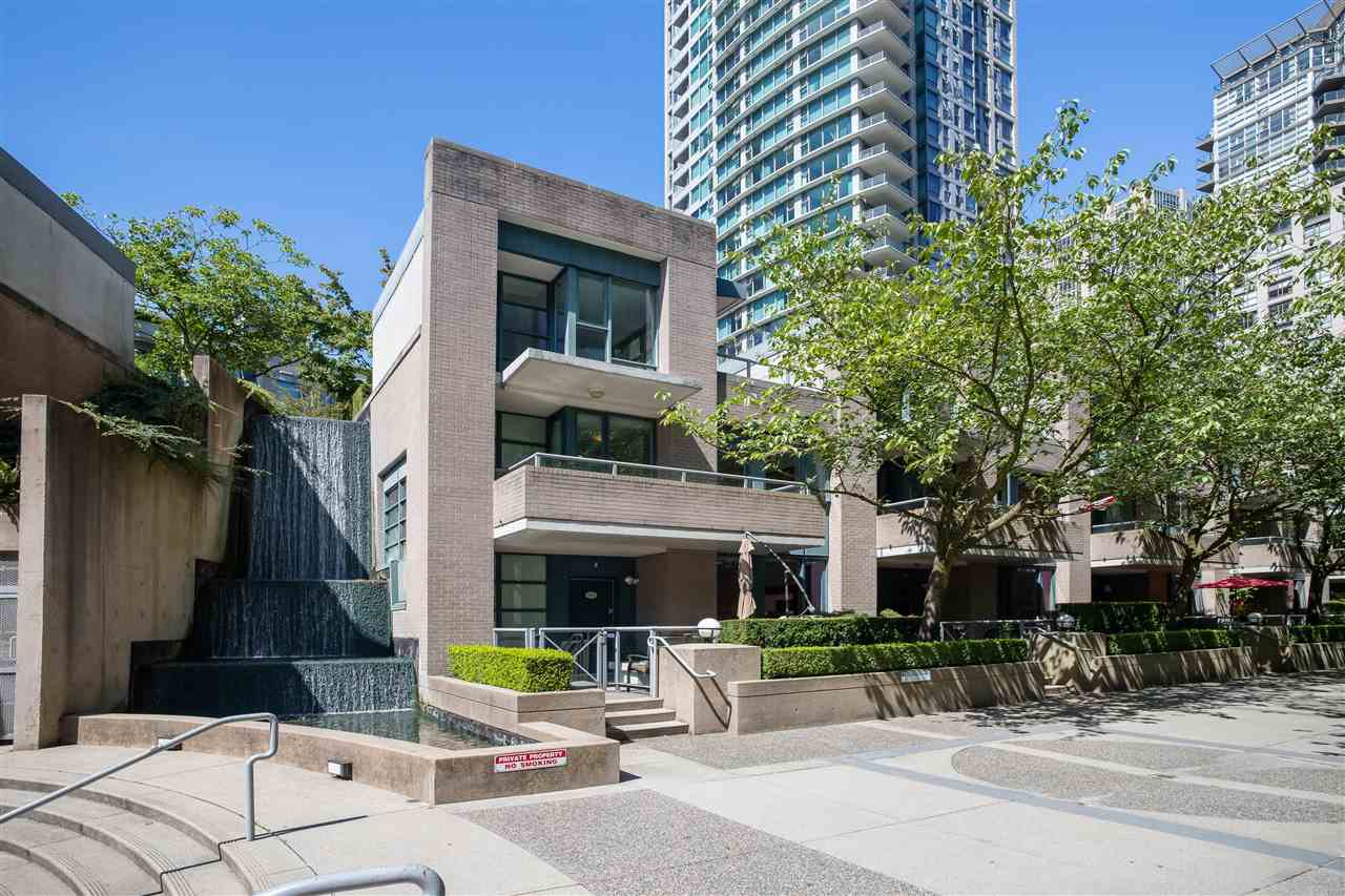 1039 EXPO BOULEVARD - Yaletown Townhouse for sale, 2 Bedrooms (R2578590)
