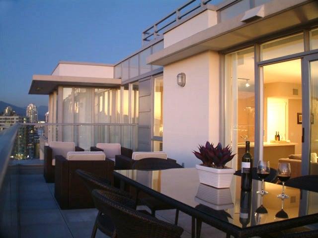 1601 1833 CROWE STREET - False Creek Apartment/Condo for sale, 3 Bedrooms (R2579155) - #1