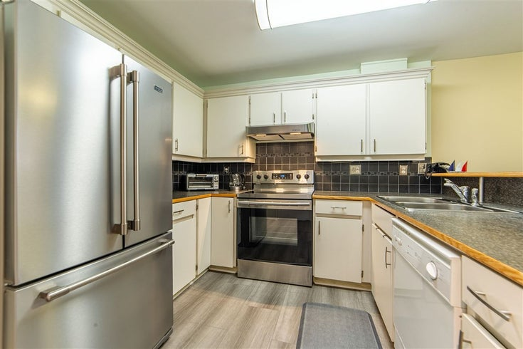 106 1369 GEORGE STREET - White Rock Apartment/Condo for sale, 2 Bedrooms (R2579330)