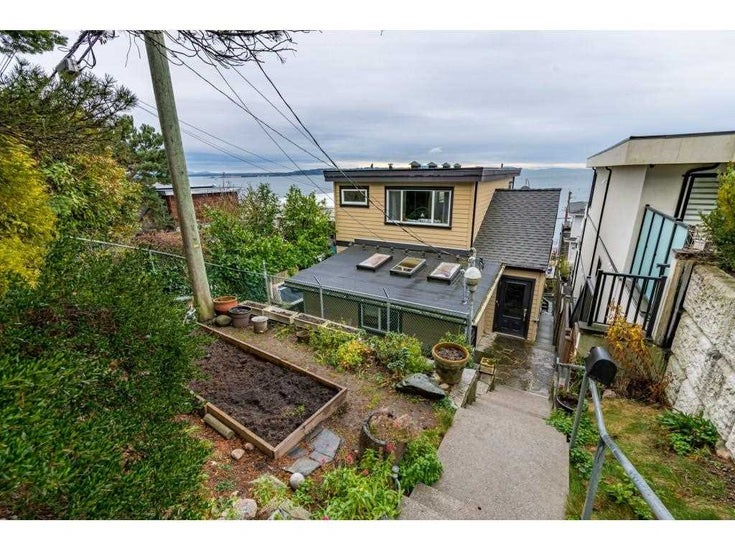 15348 VICTORIA AVENUE - White Rock House/Single Family for sale, 3 Bedrooms (R2579502)