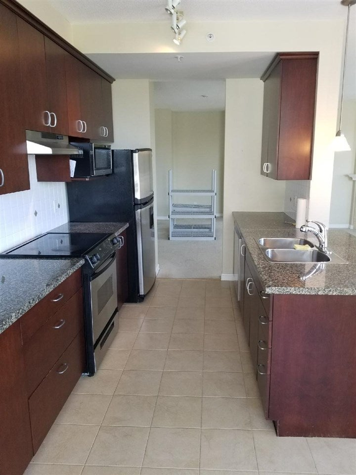 705 1551 FOSTER STREET - White Rock Apartment/Condo for sale, 2 Bedrooms (R2579894)