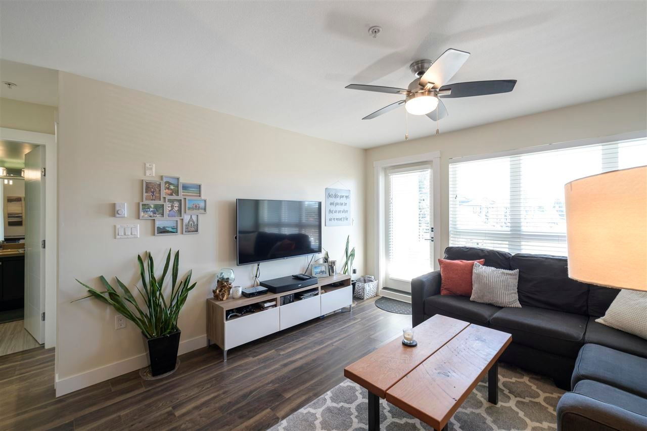 203 4815 55B STREET - Hawthorne Apartment/Condo for sale, 1 Bedroom (R2579929)