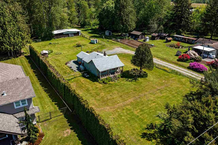 4216 240 STREET - Salmon River House with Acreage for sale, 1 Bedroom (R2580213)