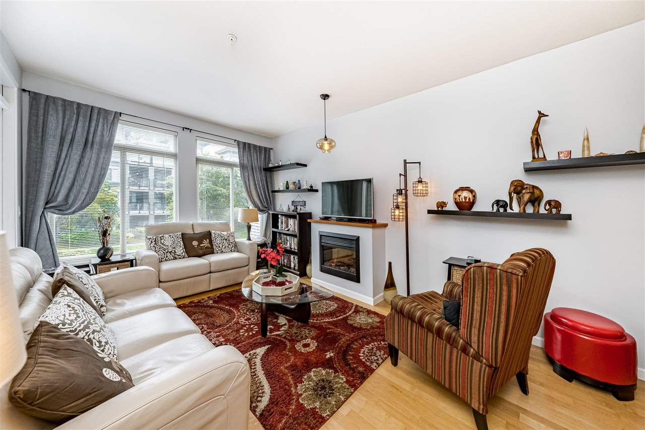 206 10180 153 STREET - Guildford Apartment/Condo for sale, 2 Bedrooms (R2580489)