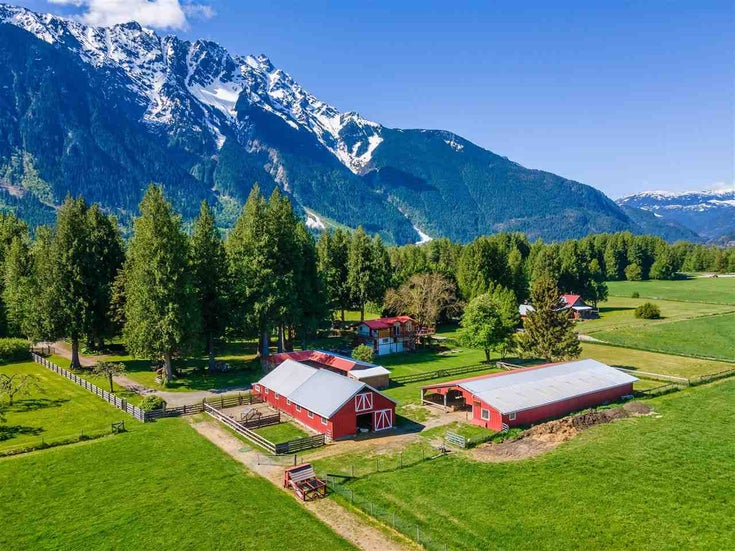 1873 HIGHWAY 99 - Pemberton House with Acreage for sale, 3 Bedrooms (R2580696)