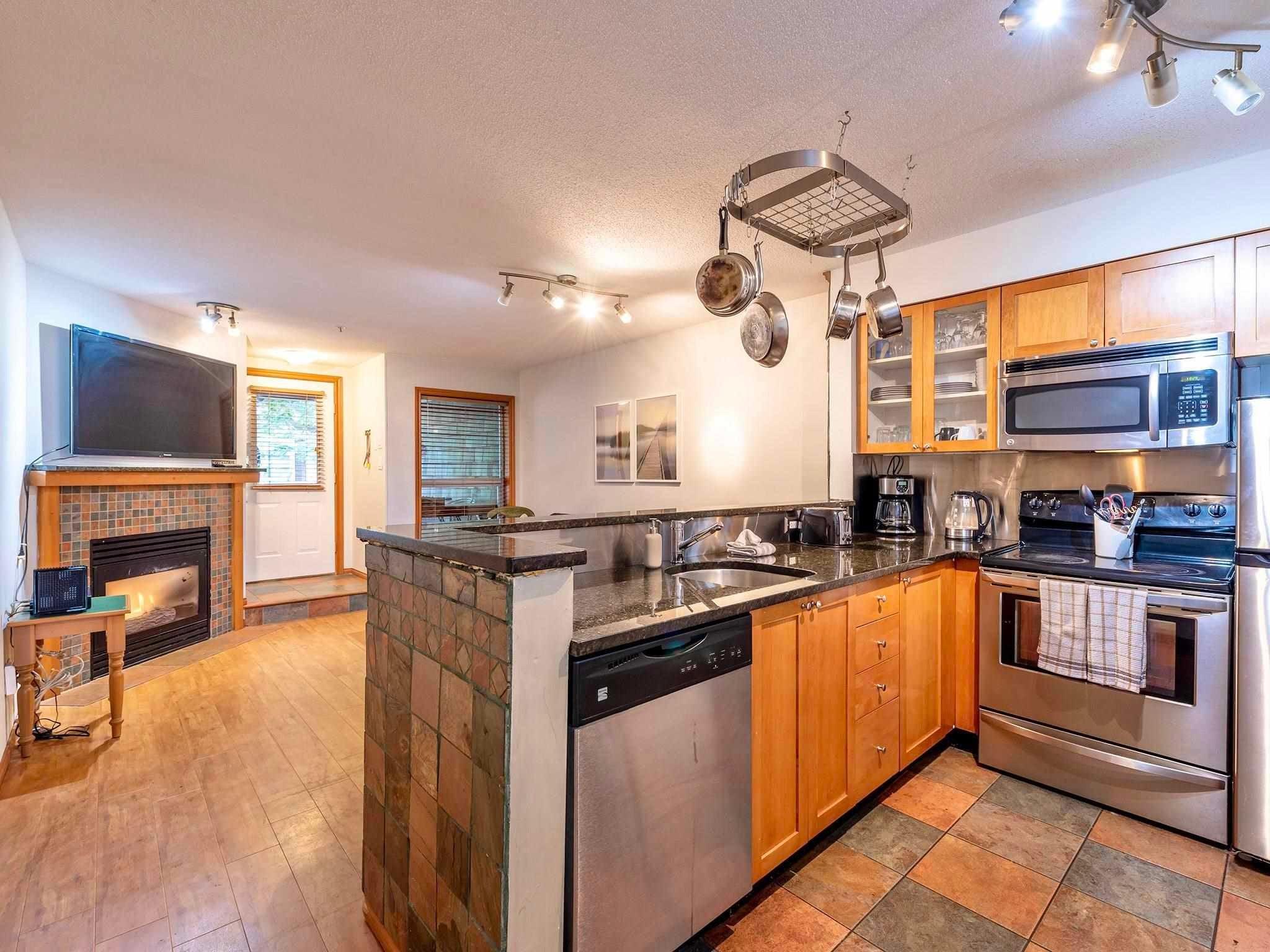 73 4388 NORTHLANDS BOULEVARD - Whistler Village Townhouse for sale, 2 Bedrooms (R2580863) - #7