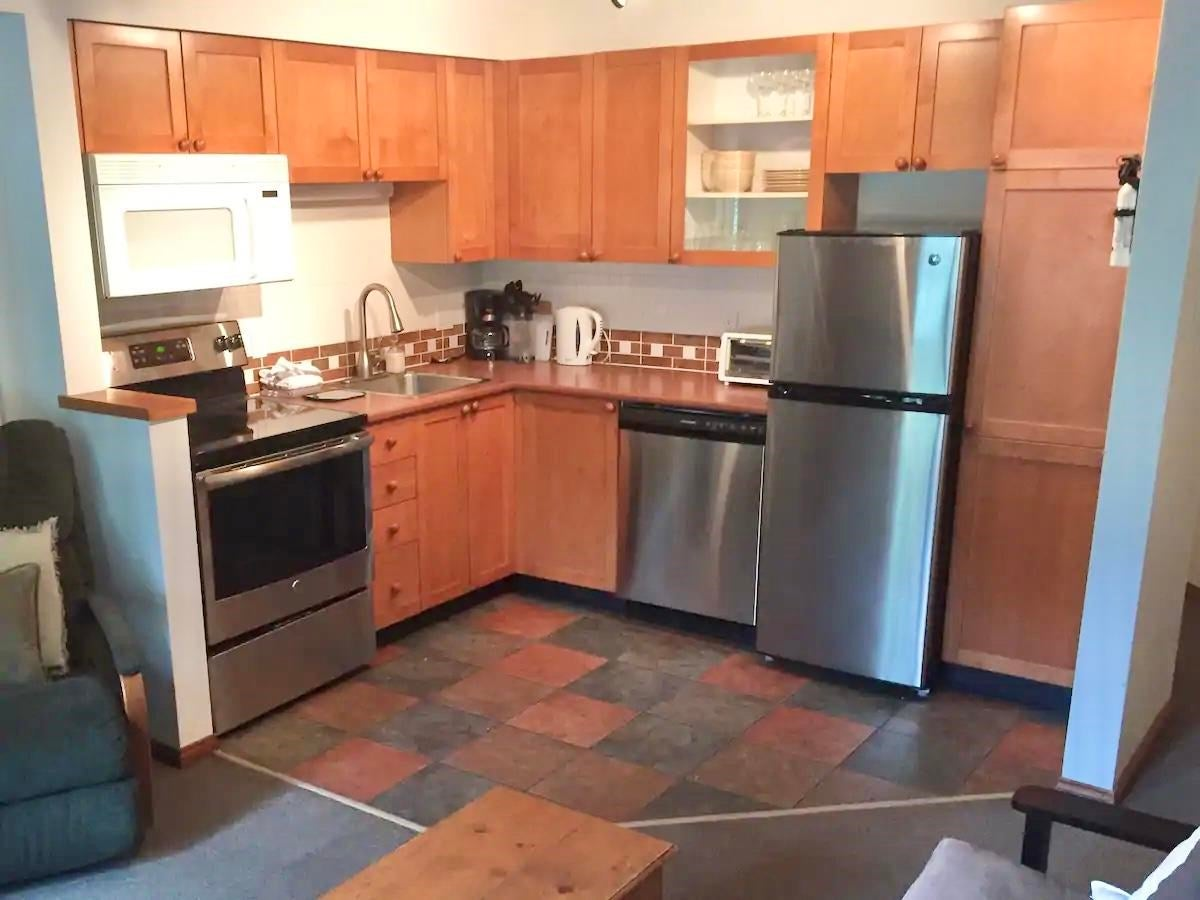 35 4388 NORTHLANDS BOULEVARD - Whistler Village Townhouse for sale, 2 Bedrooms (R2580909) - #4