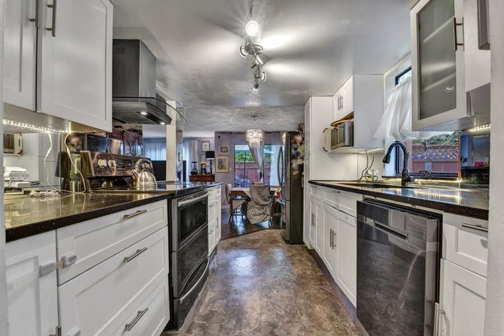 101 7139 133A STREET - West Newton Apartment/Condo for sale, 3 Bedrooms (R2581919)