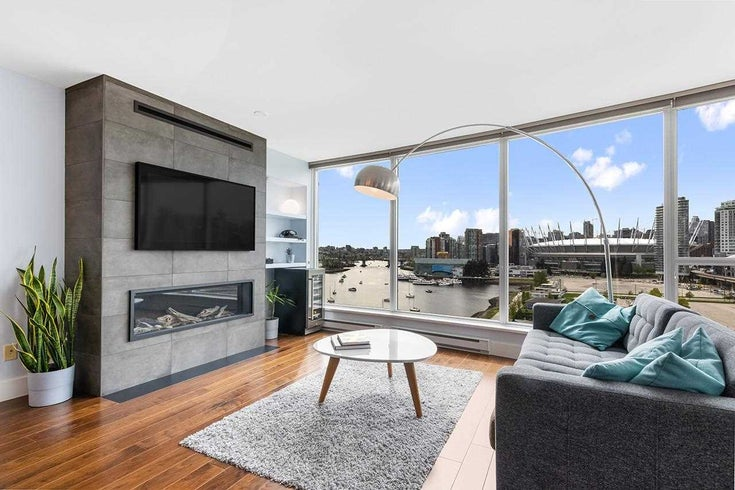 1306 120 MILROSS AVENUE - Downtown VE Apartment/Condo for sale, 3 Bedrooms (R2582839)