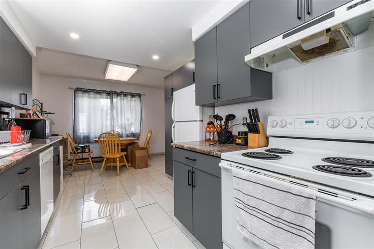 23 46689 FIRST AVENUE - Chilliwack E Young-Yale Townhouse for sale, 3 Bedrooms (R2583555)