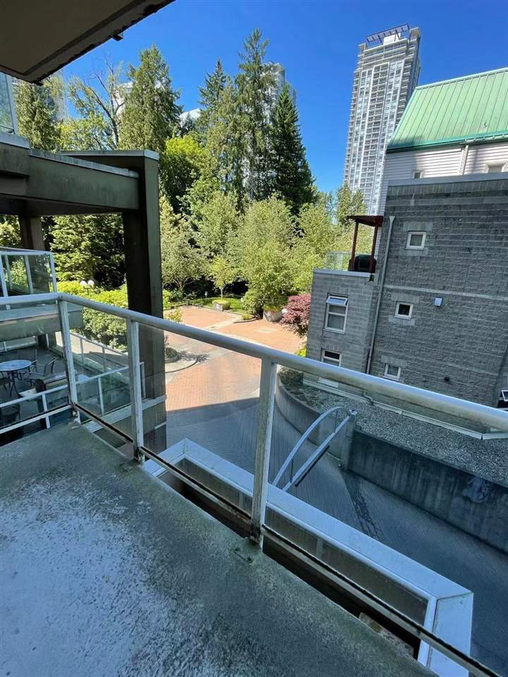 301 9830 WHALLEY BOULEVARD - Whalley Apartment/Condo for sale, 1 Bedroom (R2585987)