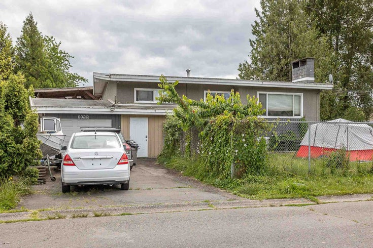9018-9022 GARDEN STREET - Chilliwack E Young-Yale House/Single Family for sale, 8 Bedrooms (R2586092)