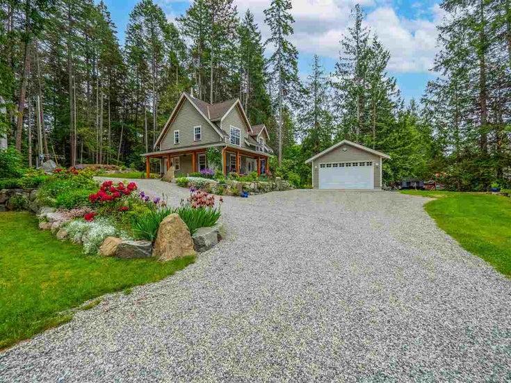 5626 CURRAN ROAD - Halfmn Bay Secret Cv Redroofs House with Acreage for sale, 3 Bedrooms (R2586294)