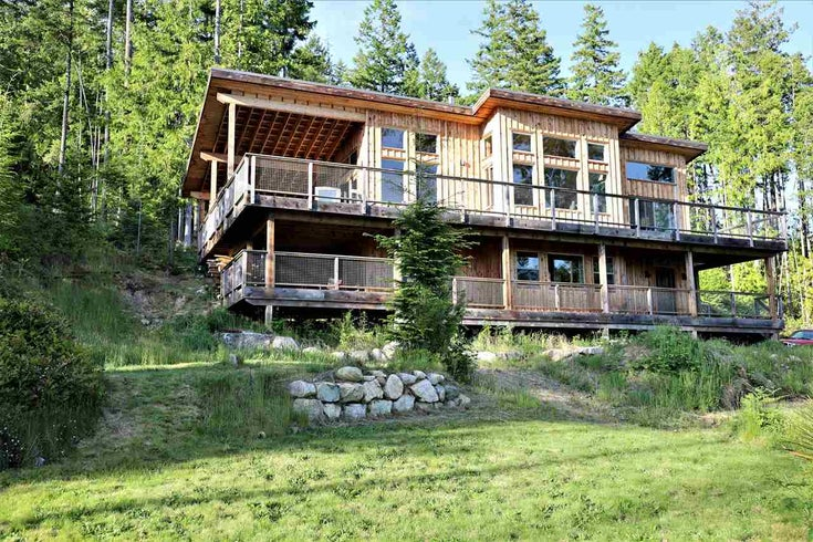 1730 CHRISTMAS ROAD - Roberts Creek House with Acreage for sale, 2 Bedrooms (R2586669)