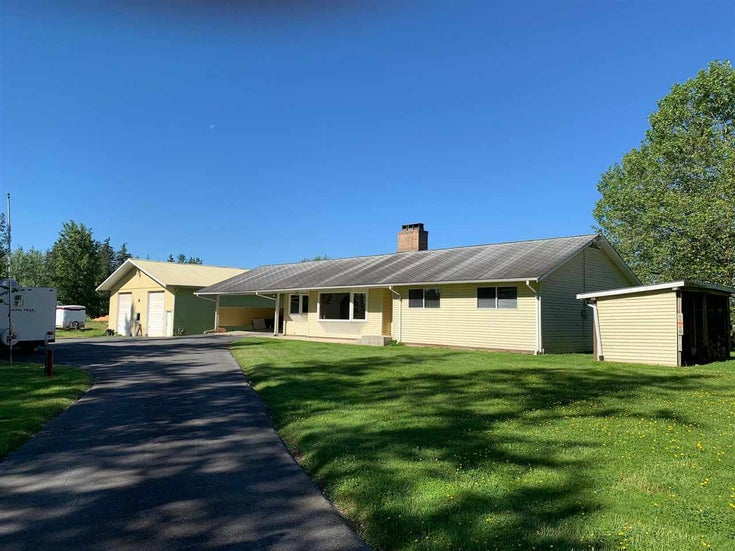6285 226 STREET - Salmon River House with Acreage for sale, 3 Bedrooms (R2586671)
