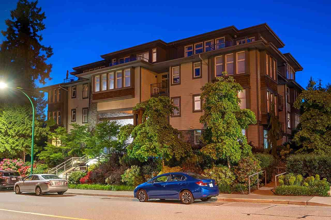 402 188 W 29TH STREET - Upper Lonsdale Apartment/Condo for sale, 3 Bedrooms (R2587434) - #1