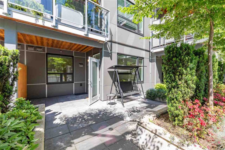 104 717 BRESLAY STREET - Coquitlam West Apartment/Condo for sale, 1 Bedroom (R2587499)