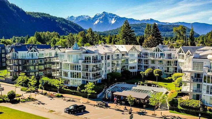 215 328 ESPLANADE AVENUE - Harrison Hot Springs Apartment/Condo for sale, 2 Bedrooms (R2587879)