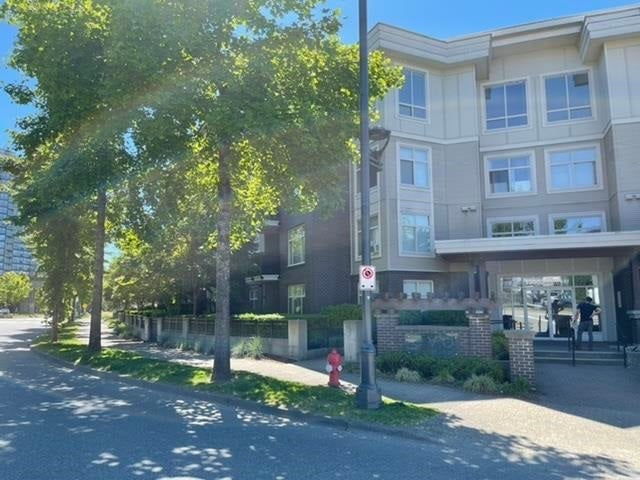 205 13555 GATEWAY DRIVE - Whalley Apartment/Condo for sale, 2 Bedrooms (R2588374)