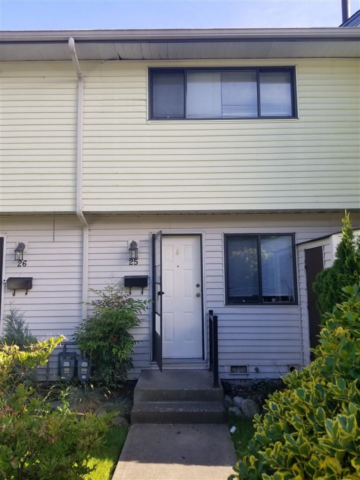 25 5351 200 STREET - Langley City Townhouse for sale, 3 Bedrooms (R2588869)