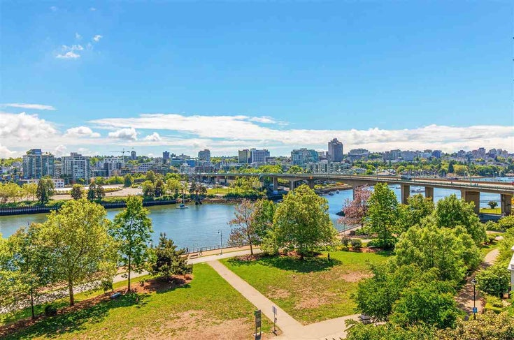 806 918 COOPERAGE WAY - Yaletown Apartment/Condo for sale, 2 Bedrooms (R2589015)