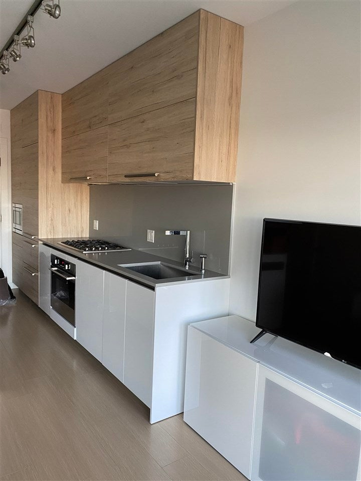1102 2378 ALPHA AVENUE - Brentwood Park Apartment/Condo for sale, 1 Bedroom (R2589081)