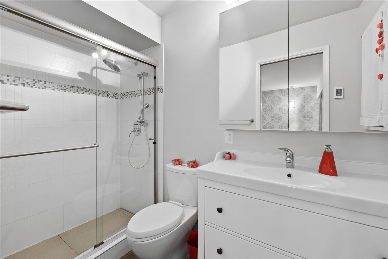 3809 REGENT AVENUE - Upper Lonsdale House/Single Family for sale, 4 Bedrooms (R2589294) - #13
