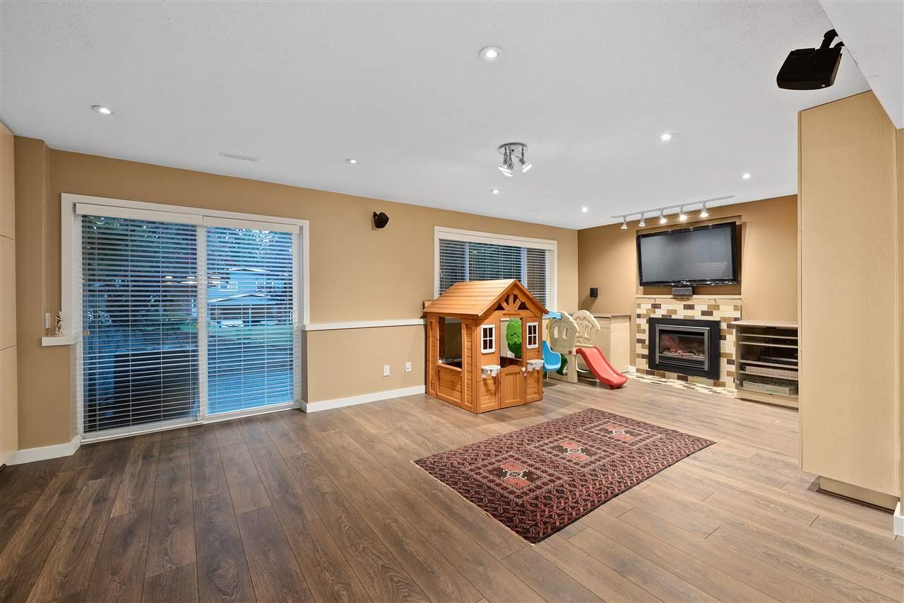 3809 REGENT AVENUE - Upper Lonsdale House/Single Family for sale, 4 Bedrooms (R2589294) - #18