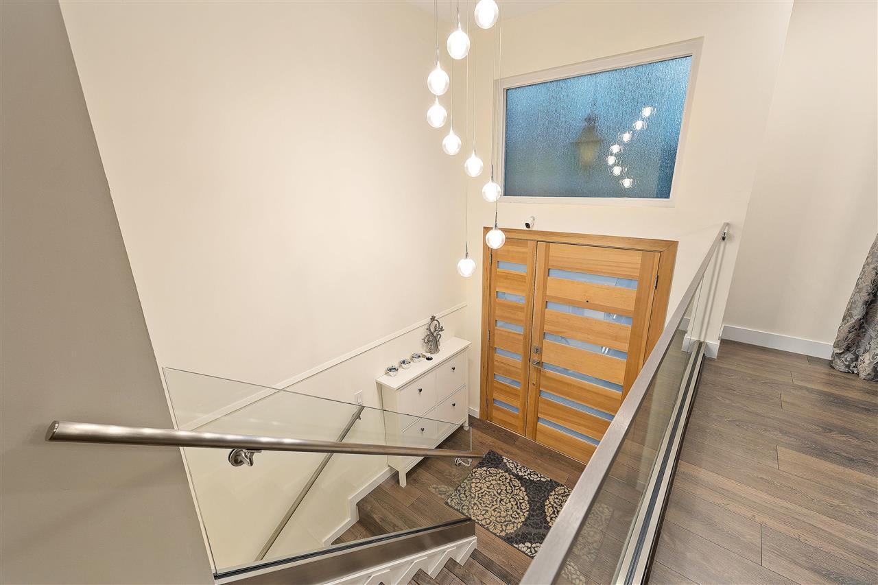 3809 REGENT AVENUE - Upper Lonsdale House/Single Family for sale, 4 Bedrooms (R2589294) - #3