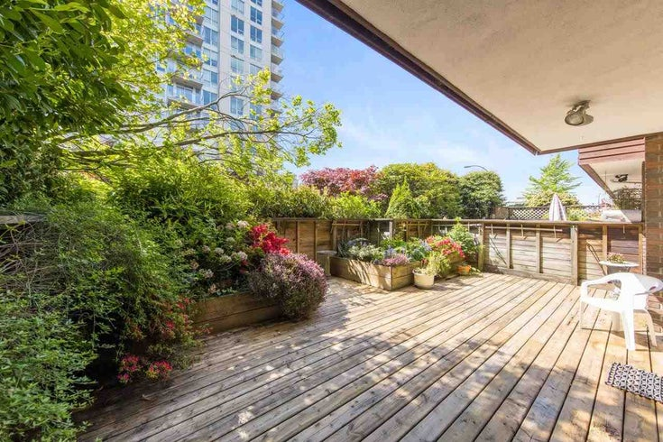 101 122 E 17TH STREET - Central Lonsdale Apartment/Condo for sale, 2 Bedrooms (R2589605)