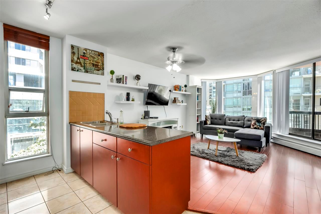 701 1333 HORNBY STREET - Downtown VW Apartment/Condo for sale(R2589861) - #2