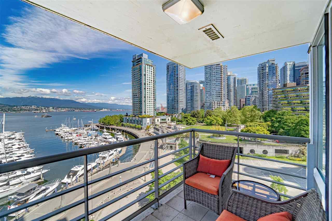702 499 BROUGHTON STREET - Coal Harbour Apartment/Condo for sale, 2 Bedrooms (R2589873) - #1