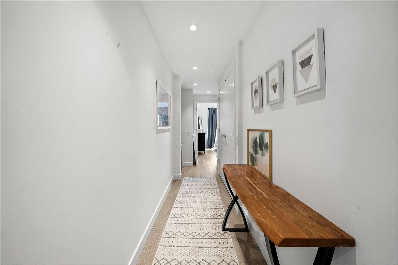 210 1055 RIDGEWOOD DRIVE - Edgemont Townhouse for sale, 3 Bedrooms (R2590174) - #25
