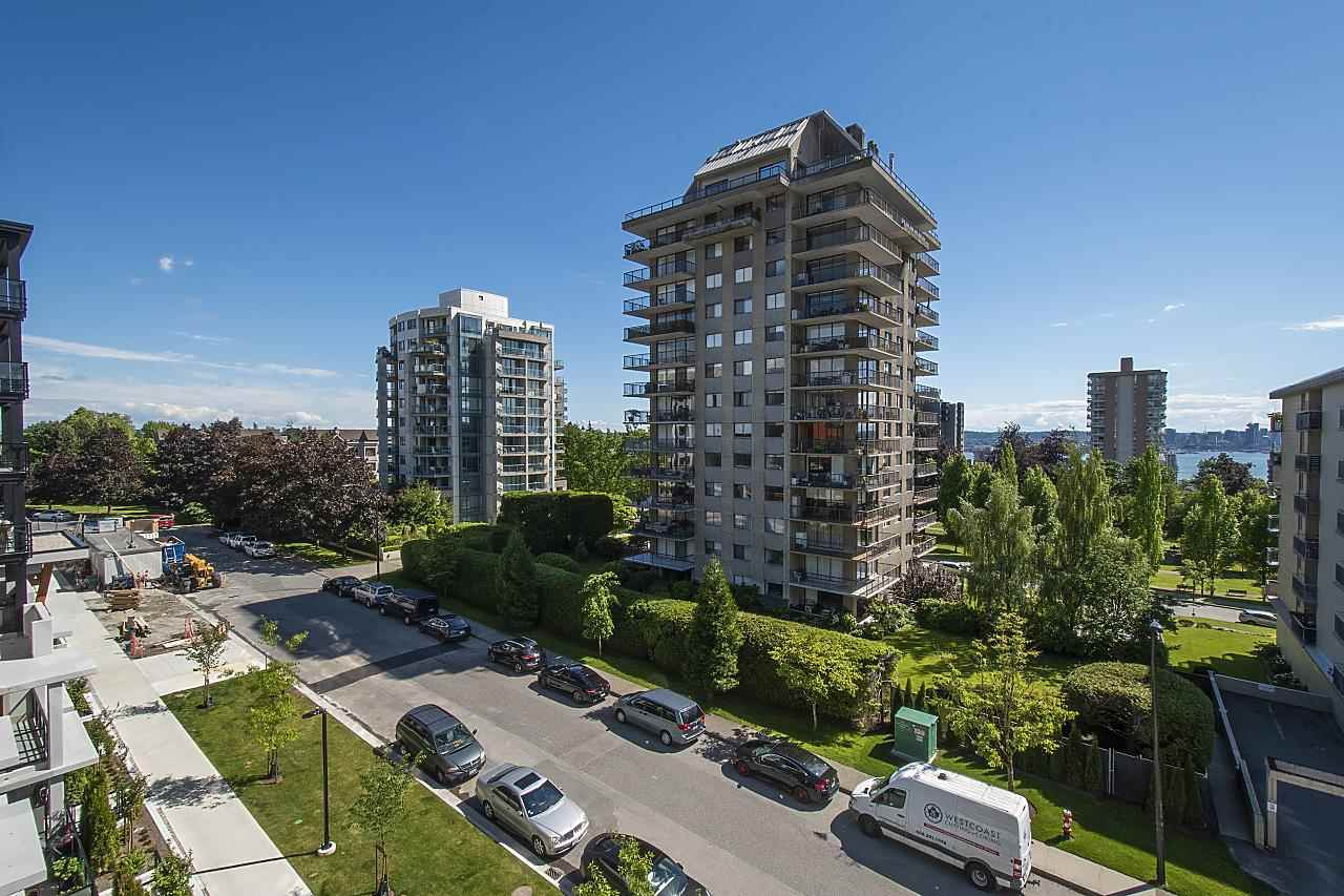 405 108 E 8 STREET - Central Lonsdale Apartment/Condo for sale, 2 Bedrooms (R2590369) - #29