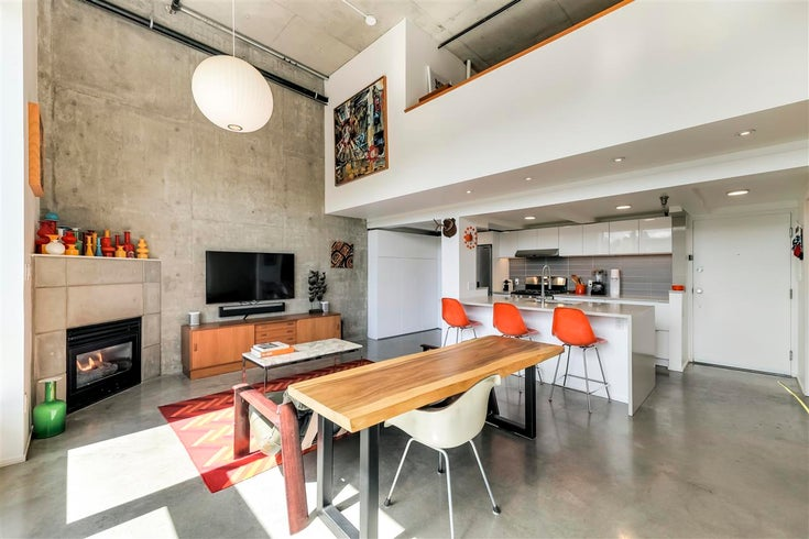 409 2001 WALL STREET - Hastings Apartment/Condo for sale, 1 Bedroom (R2590453)