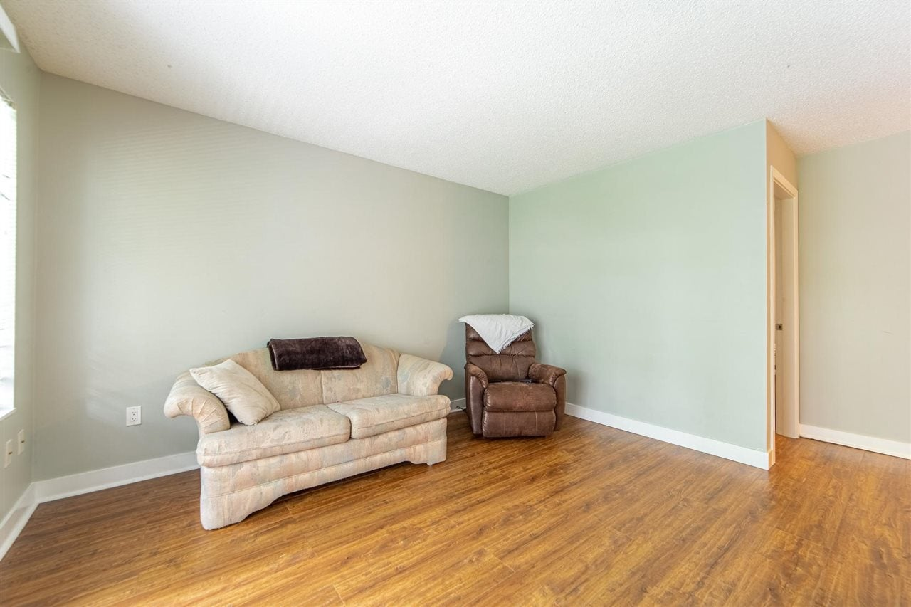 211 5700 200 STREET - Langley City Apartment/Condo for sale, 1 Bedroom (R2590509) - #4
